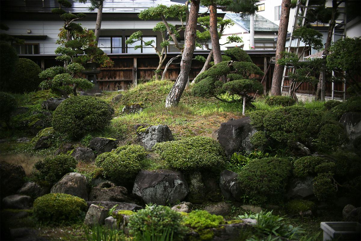 水神の回遊式庭園